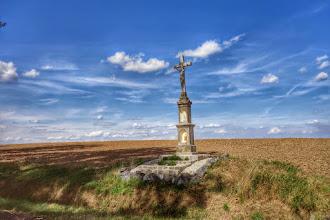 Photo: pomník na cestě z Biala