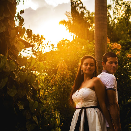 Wedding photographer Mario Alejandro Zapata Calderon (alejandroz). Photo of 28.12.2017
