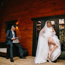 Wedding photographer Aglaya Zhuravleva (Shadoof). Photo of 06.12.2017