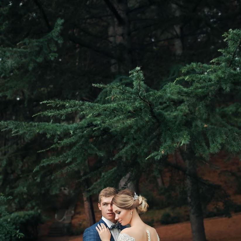 sofiya-santi-kissing-russkoe-lesbi