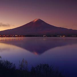 Fuji Sunrise by Sim Kim Seong - Landscapes Waterscapes