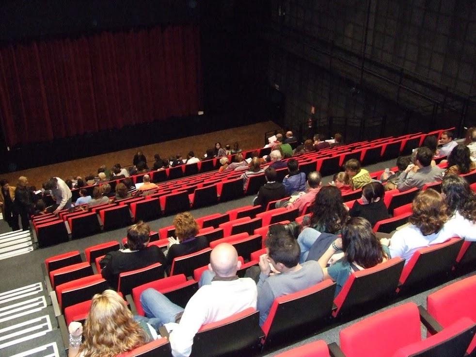imagen portada galeria Teatro Así que me pasen 5 años