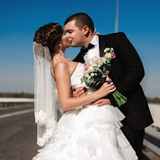 Wedding photographer Dasha Myuller (dashakiseleva91). Photo of 30.10.2014