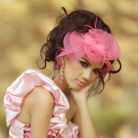 ir by Nur Kadri - People Fashion