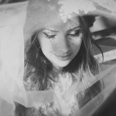 Wedding photographer Viktoriya Morozova (vikamoroz). Photo of 25.10.2013