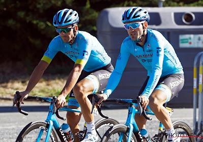 Astana juicht in Vuelta na perfect plannetje van broers Izagirre, Carapaz neemt leiderstrui over van Roglič