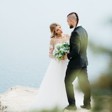 Wedding photographer Alena Kurbatova (alenakurbatova). Photo of 23.03.2018