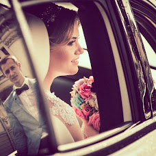 Wedding photographer Paul Bratu (bratus168). Photo of 23.07.2017