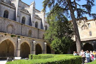 Photo: Le couvent royal accolé à la Basilique (http://www.la-provence-verte.net/ot_stmaximin/visiter.php)