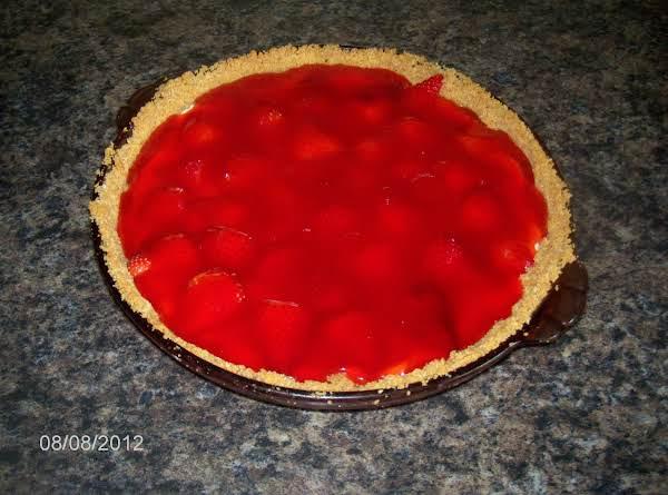 Strawberries & Cream Pie Recipe