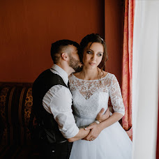 Fotógrafo de casamento Anna Fatkhieva (AnnaFafkhiyeva). Foto de 23.07.2019
