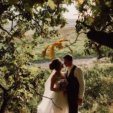 Wedding photographer Dmitriy Schekochikhin (Schekochihin). Photo of 02.10.2017