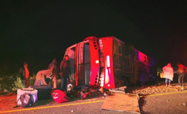 Bus crash 50 kms outside Beaufort West on the Aberdeen Road.