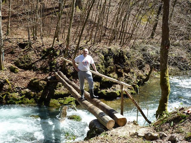 Postavljanje mosta u Slapnici