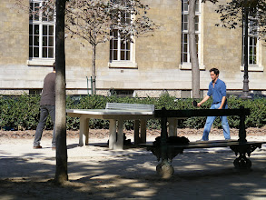 Photo: It's al fresco dining at its simplest today, sitting on a bench in the Marco Polo Garden - part of what forms what is known as Les Jardins de l'Observatoire (Observatory Gardens), with the unexpected presence of a number of ping-pong tables.