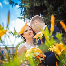 Wedding photographer Maksim Ronzhin (Mahik). Photo of 11.08.2015