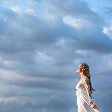 Wedding photographer Yuliya Nikolaenko (LamourLamer). Photo of 19.11.2015