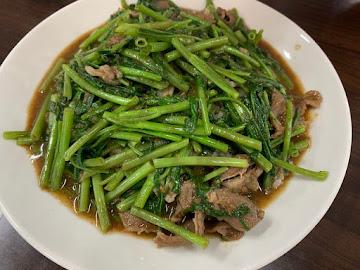 國賓炒飯麵