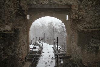Photo: Obnovené sú aj otvory na reťaze, ktorými sa most spúšťal