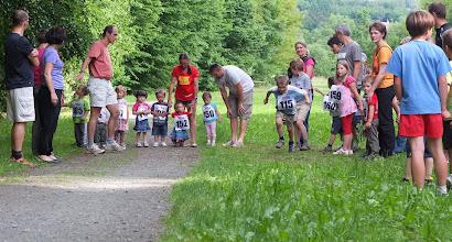 Photo: Po roce v Dalešce... zahajují tradičně nejmenší Připomínka loňského ročníku https://picasaweb.google.com/110662848426498639603/BehBonaVita2011