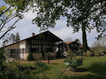 maison à Nogaro (32)