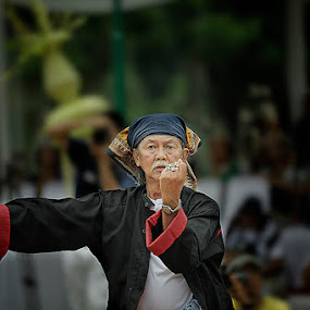 Abah by Ruly Wardana - People Portraits of Men