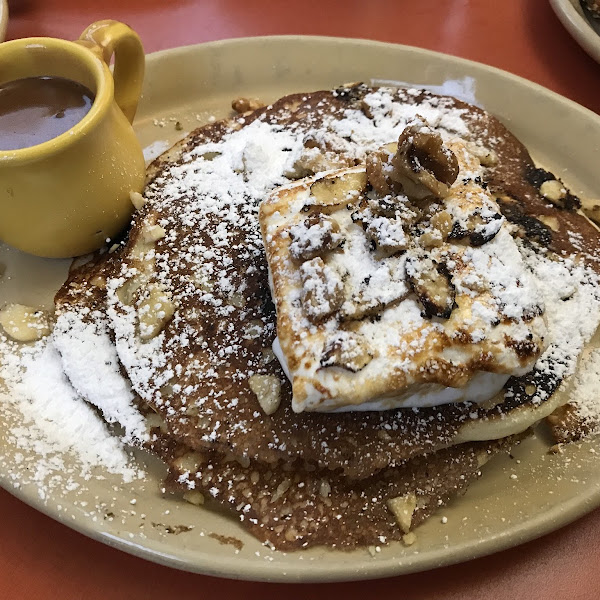 Nana's Hot Chocolate pancakes