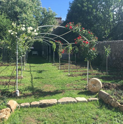 jardin d'antares rougiers