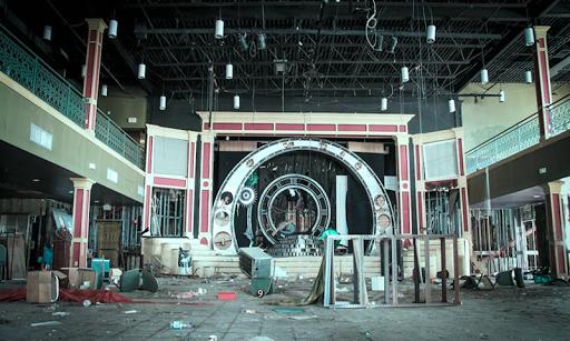 Escape Abandoned Theme Park