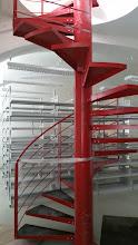 Photo: Schody ze skladu v přízemí do prvního patra