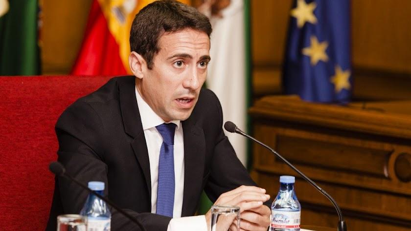 El diputado de Fomento, Óscar Liria.