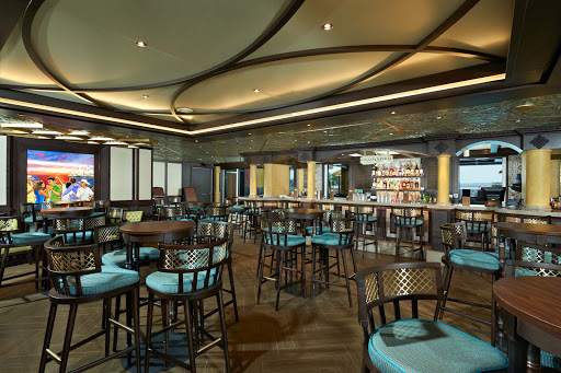 carnival-vista-Havana-Bar.jpg - Step back in time and up to the bar at Havana Bar on Carnival Vista.