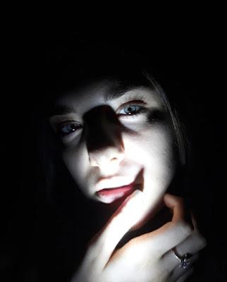 No fear of the dark di Elee