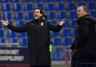 """Jorge Simao debuteert met hoopgevende eerste helft tegen Racing Genk: """"Zo zijn we een moeilijk te ontwrichten team"""""""