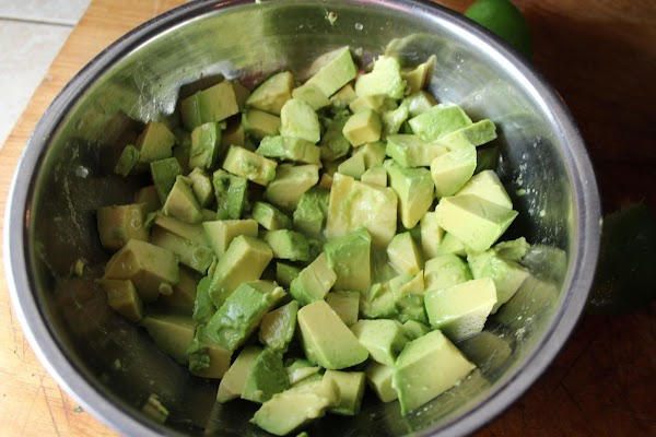 Chop avocado and toss with lime juice. Leave to soak for 3 to 5...