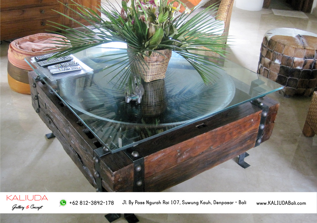 Coffee Table by Kaliuda Gallery
