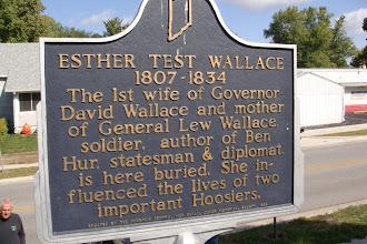 Photo: Covington IN, Ester Walace, cemetery