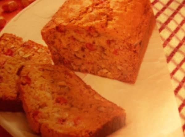 Maine Spiced Cranberry Nut Bread Recipe