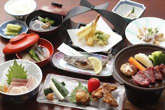 Photo: 夕食イメージ2012 完全版(ご飯吸い物漬物付き)Dinner