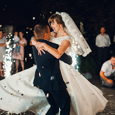 Wedding photographer Vitaliy Nalizhitiy (Rococo). Photo of 20.08.2017