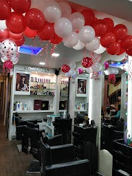 Gloss Salon & Spa photo 1