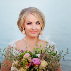 Wedding photographer Olga Shestakova (olgaphotolife). Photo of 16.07.2017