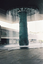 Photo: 1B080006 Meksyk - Ciudad de Mexico - fontanna - dach o pow blisko 1 ha na jednej kolumnie