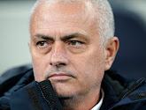 Mourinho steelt andermaal de show op persconferentie