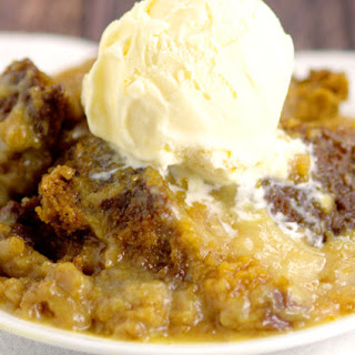 Crockpot Pumpkin White Chocolate Lava Cake