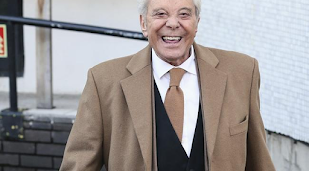 Lionel Blair wants to play a Doctor Who villain