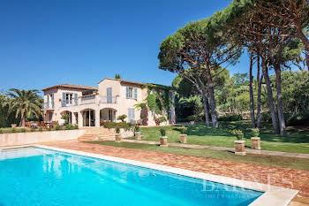 Villa 13 pièces 450 m2
