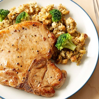 Easy Pork Chops with Stuffing.