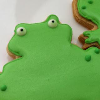 Brown Sugar & Spice Sugar Cookie Frogs Recipe