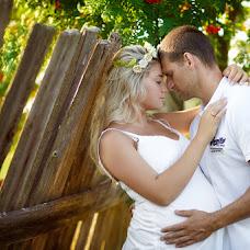 Wedding photographer Elena Korlunova (amaflos). Photo of 09.10.2014